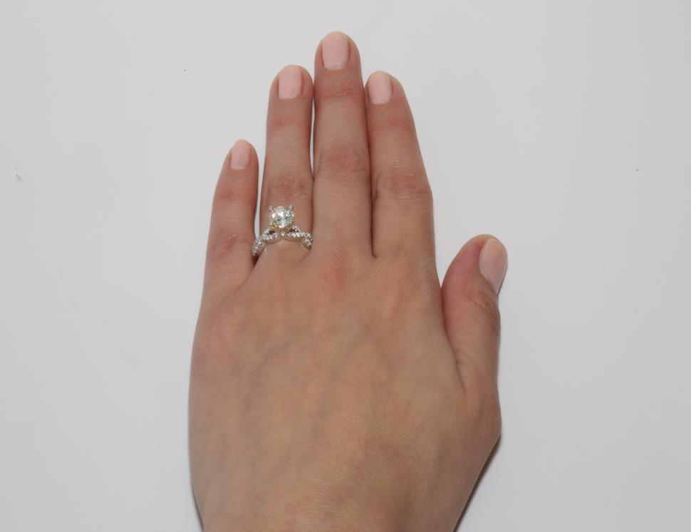 e0fbc9904fa93 The Best Pavé & Side Stone Engagement Rings