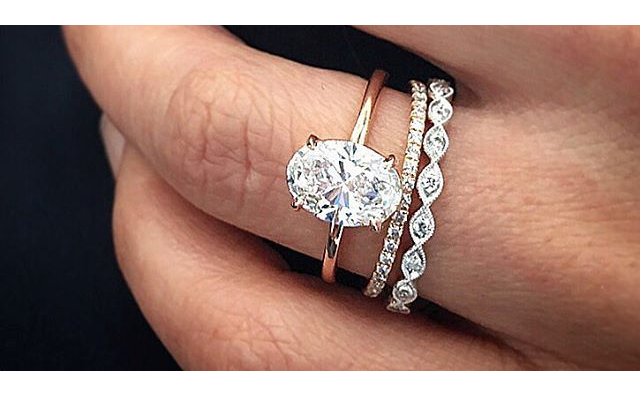 cushion-cut-diamonds-1